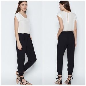 NWT Joie Mariner slouchy joggers. Size L